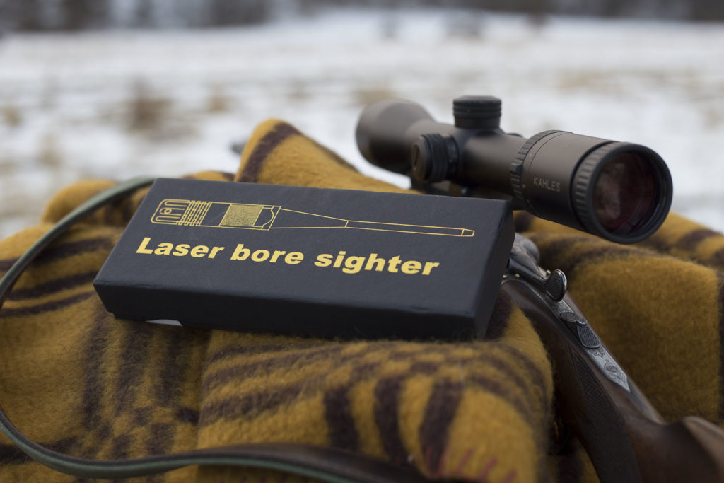 Uniwersalny laser do kalibracji lunety